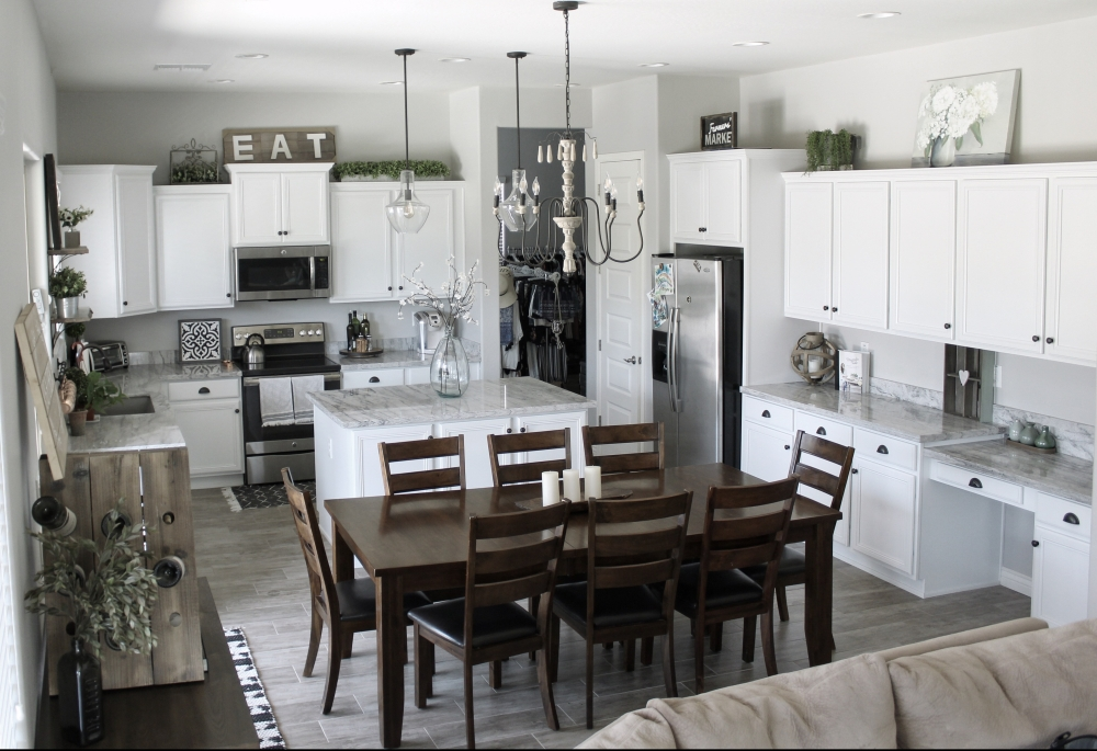 Modern Farmhouse Kitchen Decorating Ideas. Sherwin Williams Repose Gray paint color.